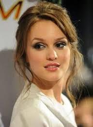 interesting eye liner brush dewy makeup hair makeup nice makeup beauty makeup