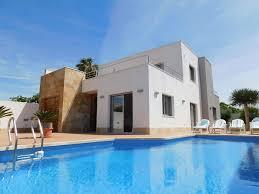 Luxus 3 Schlafzimmer 3 Badezimmer Moderne Villa Mit Privatem Pool Torrevieja