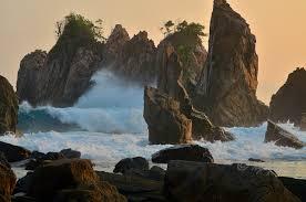 Foto 'Baper' Pantai Gigi Hiu Lampung