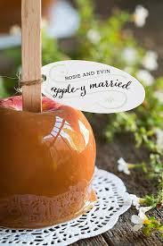 apple y married caramel apple wedding favors evermine weddings evermine