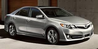 CarRevsDaily.com - 2014.5 Toyota Camry SE Buyers Guide 38