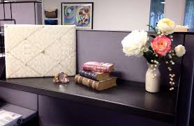 Decorate Your Cubicle At Work