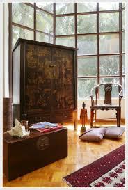 Red Living Room Rug Oriental Living Room White Furnitures Including Sofa Furnished