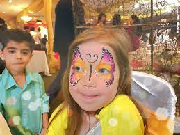 home balloon twisting face painting