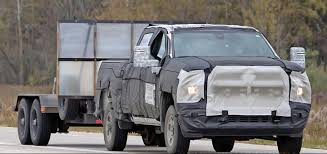 2020 Silverado HD Shows New Towing Mirrors | GM Authority