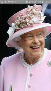 Pin by Polly Fischer on Hear Me Roar!!! | Royal queen, Queen elizabeth,  Queen hat
