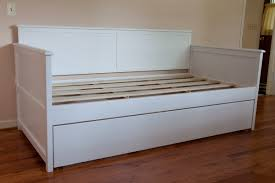 traditional white wooden daybed bench with trundle of arresting
