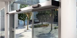 assa abloy sl500 powerful operator at a train station