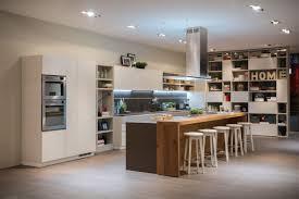 Tiarch.com rivestimento cucina con scritte