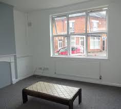 *One Bedroom Flat ...