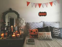 Halloween room on We Heart It