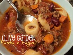 Copycat Recipe Olive Garden Pasta e Fagioli for the Crock Pot