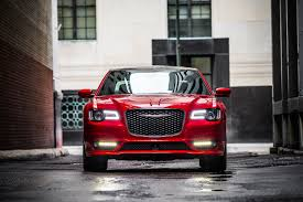 2018 chrysler 300 srt. brilliant 2018 no a chrysler 300 hellcat isnu0027t coming after all throughout 2018 chrysler srt