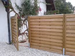Jacksons horizontal 'Hit and Miss' fence panels with matching gate |  #garden