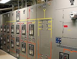 equipment used to implement automatic transfer system ats eep drawout switchgear utilizing removable insulated case power circuit breakers to enhance system flexibility