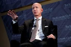 Gründer Jeff Bezos tritt ab ...