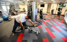 Xfinity Call Center Manuel Zuvia Fits In A Workout During A Break At The Comcast Call