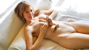 Pictures of naked girls masturbating