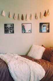 simple bedroom decoration.  Decoration Inspiring 25 Awesome And Simple Bedroom Wall Decorating Ideas On A Budget  Https Intended Decoration