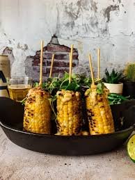 Easy mexican street corn (elotes) is corn on the cob covered in mayo, lime juice, cilantro, cotija cheese and chili powder. Shiso Butter Roasted Street Corn Thecommunalfeast Com