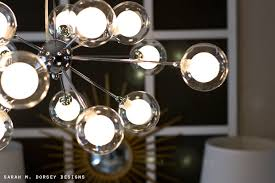 the bulbs are halogen but they give off a warm incandescent glow