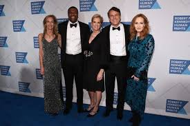 Mary kerry kennedy is an american human rights activist and writer. J K Rowling Returns Robert F Kennedy Human Rights Award