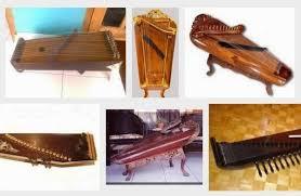 Sekarang kita membahas khusus alat musik harmonis. 9 Pengertian Alat Musik Harmonis Lengkap Santri Millenial