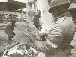 Латинская Америка во второй половине xx века Вторая половина xx  Эрнесто Че Гевара Вторая половина xx века Чилийские солдаты жгут социалистическую литературу после переворота