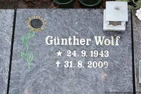 Grab von Wilma Wolf (08.11.1946-17.02.2017), Friedhof  Borssum-Schöpfwerkstrasse