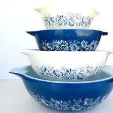 glass mixing bowls with lids canada set bowl 8 full colonial mist nested mix se extra large glass mixing bowl with lid