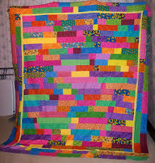 Craftiness is Happiness: Lasagna Quilt & It's meant to fit my queen size bed so that gives you an idea of the scale  of it. I love it just as much now and I did in high school. Adamdwight.com