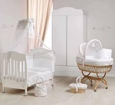 Camerette per bambini ninna nanna in legno e colori pastello