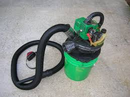 randy s 2 cycle gas vac closer up