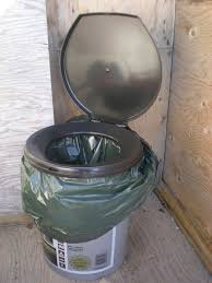 the right way to make a bucket toilet