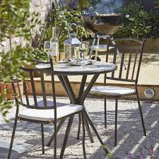 Bistro Table And 2 Chairs B Q