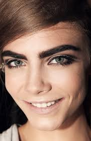cara delevingne eyebrows makeup