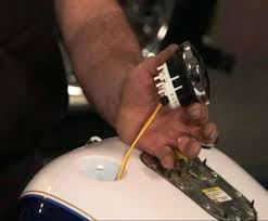 harley road glide wiring diagram fundacaoaristidesdesousamendes com harley road glide wiring diagram fuel gauge wiring perfect fuel gauge removal replacement pictures 2009 harley