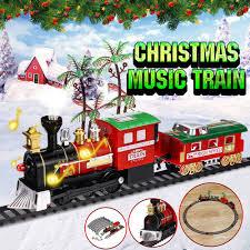 O garoto então vê à sua frente um gigantesco trem negro com destino ao pólo norte, cujo condutor (tom hanks) o convida para embarcar. Trem De Brinquedo Com Trilhos Em Promocao Nas Americanas