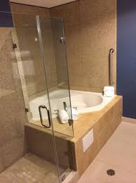holiday inn houston east channelview shower and jacuzzi bathroom was big