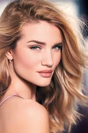 beautiful blonde fashion model rosie huntington whiteley modeling for the rosie for autograph makeup advertising