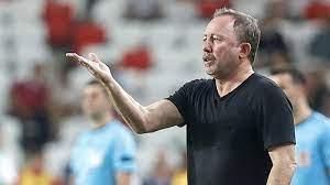 Beşiktaş teknik direktörü Sergen Yalçın'dan sakatlık açıklaması