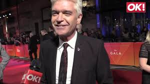 Phillip Schofield and Holly Willoughby skate to launch Dancing on ...