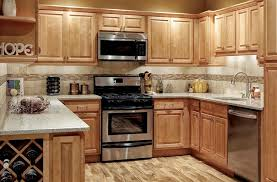 maple kitchen cabinets. Modren Cabinets Kitchens With Honey Maple Cabinets  Parkavenuehoneymaplekitchen Cabinetsmainimage And Maple Kitchen Cabinets L