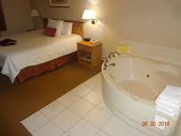humphry inn suites king with jetted tub