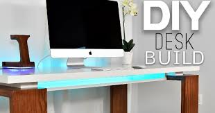 modern home office computer desk clean modern. The Desk, In Particular, Plays A Critical Role Any Office Space, Particularly One At Home. It Should Be Functional And Comfortable. Modern Home Computer Desk Clean T