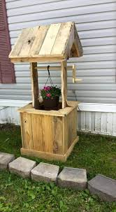 Pallet Home Pallet Wishing Well 70 Pallet Ideas For Home Decor Pallet