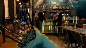 Fred en Erna Kramer mogen hun nieuwe hotel-restaurant in Zierikzee  voorlopig niet openen - Omroep Zeeland