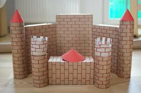 Zamek | Przedszkolaki i starsze dzieci | prace plastyczne, edukacyjne