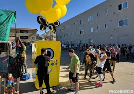 Snapchat Vending Machine Near Me Extraordinary How SnapChat Created A Buying Frenzy Using A Unique Selling Approach
