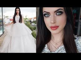 in today s video tutorial i will be doing a dramatic bridal look with a very por professional designer from south africa if you still looking for that